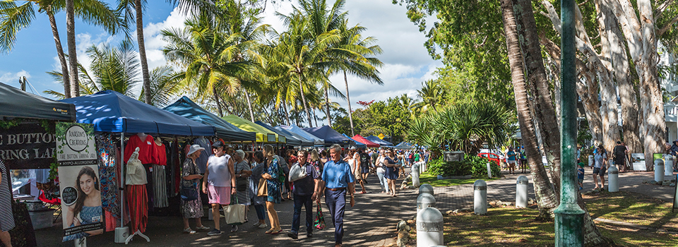 A DAY OUT AT THE PALM COVE SUNDAY MARKETS